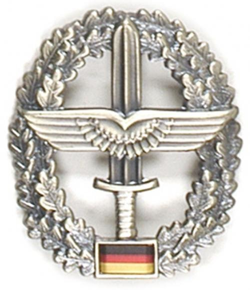GENUINE GERMAN ARMY METAL BERET BADGE ´HEERESFLIEGER´