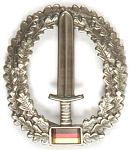 GENUINE GERMAN ARMY METAL BERET BADGE ´KOMMANDO SPEZIAL KRÄFTE´
